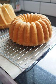 Ihannekakku - Sweet Food O´Mine Other Recipes, Sweet Recipes, Cake Recipes, Dessert Recipes, Lchf, Finnish Recipes, Fruit Bread, Sweet Bakery, Sweet Pastries