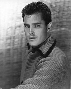Remembering actor JEFFREY HUNTER (1926 – 1969), who was born on November 25th. His most famous roles are as the sidekick to John Wayne's character in The Searchers (1956), as Jesus Christ in the biblical film King of Kings, and as Capt. Christopher Pike in the original pilot episode of Star Trek. His film credits include Red Skies of Montana (1952), Sailor of the King (1953), The Great Locomotive Chase (1956), The Last Hurrah (1958) and Sergeant Rutledge (1960).