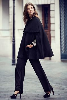 Stay warm in a wool-blend Cape | H&M Fall