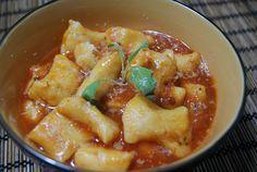Nhoque de Batata Doce em Molhinho de Tomate e Manjericão