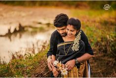 Kerala Wedding Photography, Wedding Couple Poses Photography, Candid Wedding Photos, Wedding Couple Photos, Couple Photoshoot Poses, Romantic Photos, Pre Wedding Photoshoot, Bridal Photography, Couple Shoot