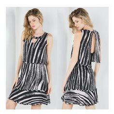 Vestido de Crepe Estampa Preta e Rose w/ detalhe nas costas | Shoulder ♡ Disponível TAM. M   ••••• 》》Whatsapp 43 9148-2241  ☎  43 3254-5125.    Rua Rio Grande do Norte, 19 Centro - Cambé-Pr  #venhaseapaixonar #fashionistando #carolcamilamodas #news #trend #Verão16 #instafashion #fashion