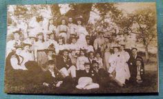 The class of 1917 on an outing. Malvern Art School.