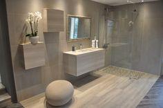 salle de bain avec douche italienne et baignoire dans Le plus élégant Et aussi Belle modele salle de bain douche et baignoire dans Caen