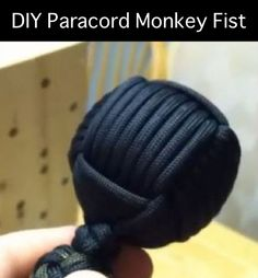46 Paracord Project DIY Tutorials - DIY Paracord Monkey Fist  That is a big monkey fist. How about a Chimpanzee fist?
