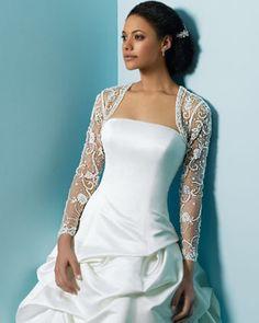 #omg i love this Tag friends if you love this dress  #photos #hotdress #fashionable #dreamscometrue  #yay #gorgeous #beauty #beautiful #omg #wow #bride #brides #wedding #weddingday #weddingshoes #weddingdress #weddingphotography #weddingphotographer #photo #photooftheday #likeback #like #like4like #likeforlike #girl #girls #classic #style #fashion
