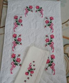 Hobbies And Crafts, Cross Stitch, Quilts, Blanket, Crochet, Floral, Bathroom Towels, Cross Stitch Embroidery, Hand Crafts