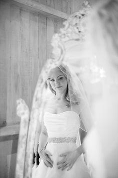 Photography: Jana Morgan Photography - janamorgan.com Event Planning: Belle Destination Weddings & Events, Inc. - belledestinationevents.com Floral Design: Bella Bloom Floral Boutique - bellabloommaui.com   Read More on SMP: http://www.stylemepretty.com/2013/04/18/maui-wedding-from-belle-destination-weddings/