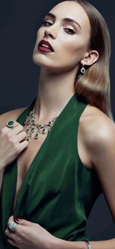 stunning jewels!  This is the green that needs to be in my wedding