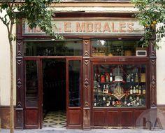 Bodega Casa Morales, Calle García de Vinuesa, 11, 41001 Sevilla, Spain  Order the salchichas al vino blanco