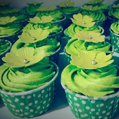Cup Cakes For School Star Event.#cakequeen#cupcakes#cupcake#flowers#buttercakes#italianmeringue#event#schoolcakes#school#schoolgirl#cakes#pretty#beautifulcake#star#girlguide#nature#green#gogreen#polkadot#myworks#swee#dessert#delicious#instasweet#instacake#cakestagram#follow#followme#yummy