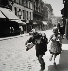 Rue des Marytrs, 1951 by Louis Stettner (b. 1922). S)