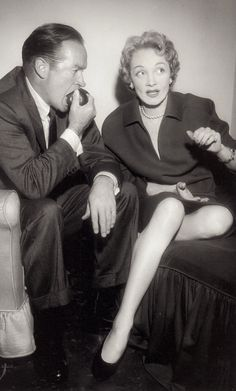 MARLENE DIETRICH & BOB HOPE 1954 in Bob's NBC dressing room by Murray Garrett. Bob Hope had the good taste to be subtle in his reaction all men ask when they stare at Marlene Dietrich. How does she do it, how does she look so damn good? (please follow minkshmink on pinterest) #marlenedietrich #bobhope