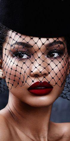 Regilla ⚜ model Chanel Iman