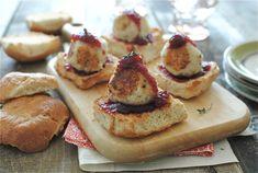 Leftover Thanksgiving Turkey Tater Sliders / Bev Cooks
