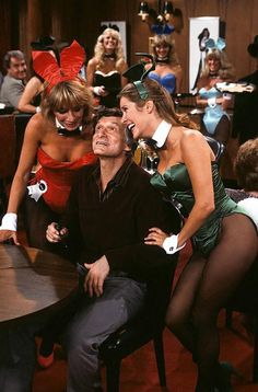 "Penny Marshall, Hugh Hefner, Carrie Fisher / production still from ""The Playboy Show"", season episode 5 of Laverne & Shirley (ABC / first broadcast November Carrie Frances Fisher, Penny Marshall, Laverne & Shirley, The Blues Brothers, Hugh Hefner, Debbie Reynolds, Playboy Bunny, Playboy Playmates, Princess Leia"