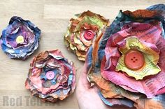 Ah yes… it is that time of year again.. time to create some wonderful recycled crafts. Today the focus is on Newspapers and wonderful DIY Newspaper Ideas with this super duper EASY Newspaper Flowers DIY! These paper flowers are super drifty (they cost us practically nothing to make) and look great on the front of Greeting …
