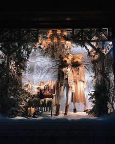 """RALPH LAUREN, Lincoln Square, Chicago, Illinois, """"A little wild a little boujee..."""", (Boujee means High Class), photo by Vahagn Azaryan, pinned by Ton van der Veer Winter Window Display, Window Display Retail, Christmas Boxes Decoration, Window Signs, Store Interiors, Visual Display, Window Stickers, Photo Displays, Retail Design"""