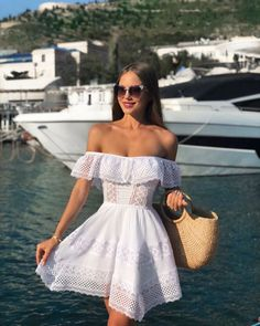 The fashion model introduction to Katusha Lobanova Photo ( Latest pictures and photo shoots from Katusha Lobanova. Cute Casual Outfits, Cute Summer Outfits, Girly Outfits, Casual Dresses, Dress Outfits, Fashion Dresses, Summer Dresses, Beach Outfits, Mode Ootd