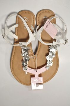 75f4c3e90c8 Candie s Beaded Floral Thong Sandals 9 10 Large White Silver NWT  Candies   FlatSandals  Casual  springfashion