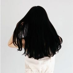 Long black hair, similar in color to mine. Long Black Hair, Dark Hair, Medium Black Hair, Dyed Black Hair, Straight Black Hair, My Hairstyle, Cool Hairstyles, New Hair, Your Hair