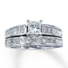 Awesome Princess Cut Diamond Wedding Rings Sets