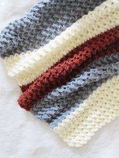 Crochet Afghans Patterns Free Crochet Afghan must try to figure how to increase on sides to change to shawl Pattern - Use this free crochet afghan pattern to make your most coveted home decor piece. The pattern has a beautiful texture that looks Crochet Afghans, Crochet Stitches Patterns, Tunisian Crochet, Crochet Blankets, Crochet Borders, Baby Afghans, Baby Blankets, Embroidery Patterns, Hand Embroidery