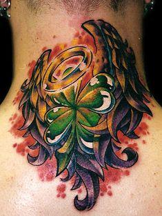 old school new skool dövmelere buradan bakabilirsiniz old new scholl tattoos - Dream Tattoo Forum halo four-leaf clover wings ~A.R.