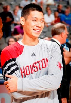 Jeremy Lin during warm-ups