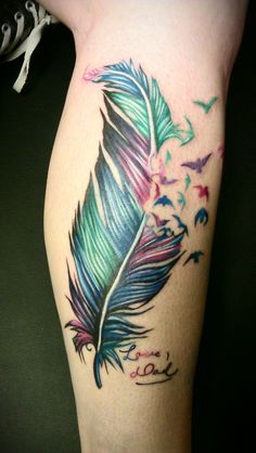 GORGEOUS!!!!!!! I LOVE Color Feather Tattoos <3