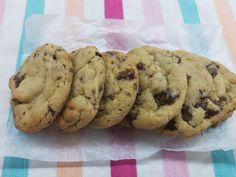 Вкусно с Мими: Американски шоколадови бисквити Cooking Recipes, Cookies, Desserts, Blog, Crack Crackers, Tailgate Desserts, Deserts, Chef Recipes, Biscuits