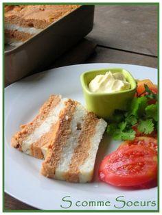 """Cette terrine de poisson est très simple à préparer. Servie chaude, on l'accompagnera d'un beurre blanc ou d'un coulis de tomate assez relevé (pour une version plus """"light""""). Servie froide, on l'accompagnera de mayonnaise ou d'une sauce mousseline. On..."""