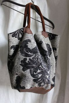 Diy Sac Pochette, My Bags, Purses And Bags, Boho Bags, Denim Bag, Quilted Bag, Fabric Bags, Summer Bags, Handmade Bags