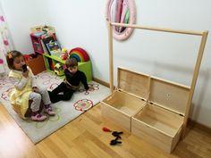 Como hacer un perchero para los disfraces de los niños. DIY. Cool Kids Rooms, Ikea, Baby Coming, Creative Play, Getting Organized, Playroom, Toddler Bed, Diy, Organization