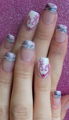Browning Heart Wedding Nails @Jessi Parrett Rickert change the pink and I can see you doing this