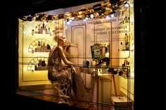 Photos: Around the World in 2012 Holiday Windows   Vanity Fair