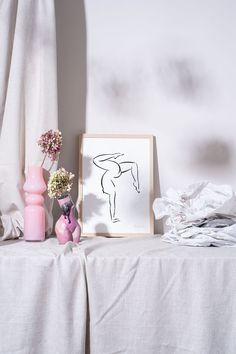 Meditation and Asana Yoga Poses are part of the Yoga series by the Austrian Andrea Kollar. All drawings are ink on paper. Black and White painting | aesthetic yoga art | minimal art | Yoga Art Painting | woman drawing aesthetic #andreakollar Black And White Art Drawing, Black And White Sketches, Black And White Posters, Black And White Wall Art, Black And White Aesthetic, Oil Pastel Art, Charcoal Art, Ink Drawings, Yoga Art