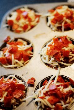 Pepperoni Pizza Bites - quick & easy & you won't have to fight the kiddos to eat it.