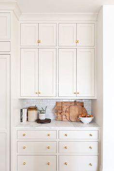 Interior Desing, Interior Modern, Home Interior, Kitchen Interior, New Kitchen, Kitchen Decor, Summer Kitchen, Decorating Kitchen, Little Kitchen
