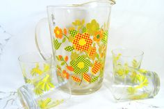 Glass Pitcher and glasses with Birds and by Dupasseaupresent