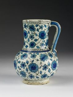 Jug, Iznik Turkey, ca1560 | V&A Search the Collections
