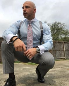 There's nothing more attractive then an open mind. Someone who's willing to listen, ask questions and contemplate an issue that they may… Mens Fashion Suits, Mens Suits, Bald Men Style, Style Men, Contrast Collar Shirt, Grey Hair Men, Mens Braces, Formal Men Outfit, Scruffy Men