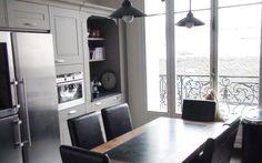 Rénovation d'une cuisine équipée en style cottage. par les cuisines et bains d'Alexandre Architecte d'intérieur & Coordinateur de travaux : Anys SEDKAOUI  Anys SEDKAOUI