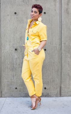 Mimi G jumpsuit pattern:) I don't have this exact pattern but I think I'd like a yellow jumpsuit! Casual Wear, Casual Outfits, Cute Outfits, Fashion Outfits, Yellow Jumpsuit, Diva Fashion, Fashion Trends, Mellow Yellow, Swagg
