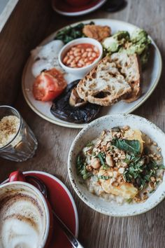 This food guide from London should give some hints, which food location are worth visiting. This guide also includes information, about the location and if a veggie or vegan option is available. London Food, Vegan Options, Hummus, Veggies, Ethnic Recipes, Homemade Hummus, Vegetables, Vegetable Recipes