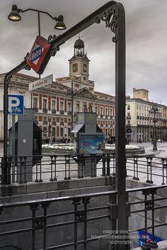 _DSC4808 Puerta del Sol.jpg 17,1 MB 4912×7360