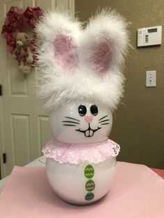 Dollar Store Christmas, Dollar Store Crafts, Crafts To Sell, Sell Diy, Valentines Day Gifts For Him Marriage, Valentine Day Crafts, Bunny Crafts, Easter Crafts, Easter Dyi