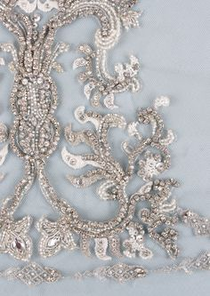 Leighton Veil – Claire Pettibone Heirloom Boutique