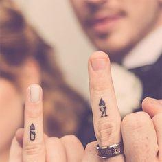 29 couples qui ont troqué la traditionnelle alliance contre de magnifiques tatouages pour symboliser leur amour