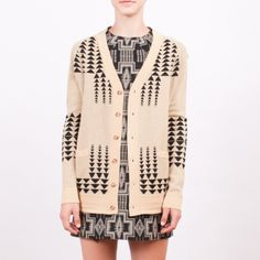 pendleton sweater in black and white